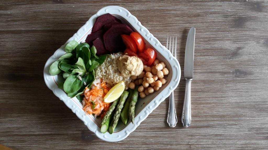 Bowl Food: der gesunde und leckere Trend unter Foodies.