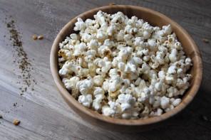 Easy Snack: Za'atar Popcorn